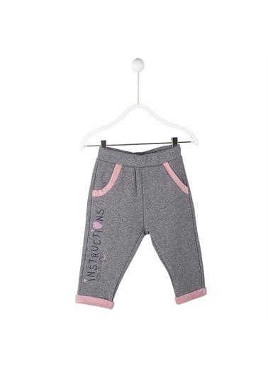 Silversun Kids Koyu Bel Lastikli Cepli Paçalar Ve Cepler Kürt Detaylı Bebek Kız Sweatpantolon Jp 114818 Gri